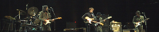 Dylan onstage in Sydney 2001 by Bob Howe